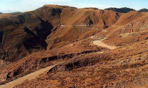 Zdjęcie ARGENTYNA / Puna czyli Altiplano / droga na Puen przez przel Potrerillos (4170 m) / droga na wysokosci