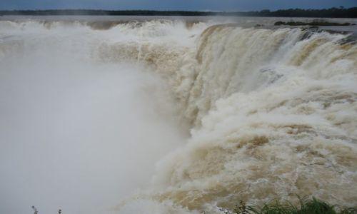 Zdjecie ARGENTYNA / Misiones / Puerto Iguzu / Garganta del Diablo / Potęga wody