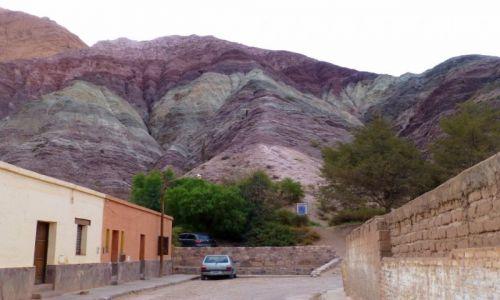 Zdjęcie ARGENTYNA / północno-zachodni / Purmamarca / kolorowe góry