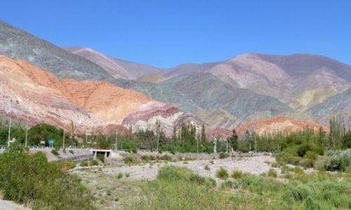 ARGENTYNA / Jujuj / Purmamarca /  kolorowe góry w Purmamarca