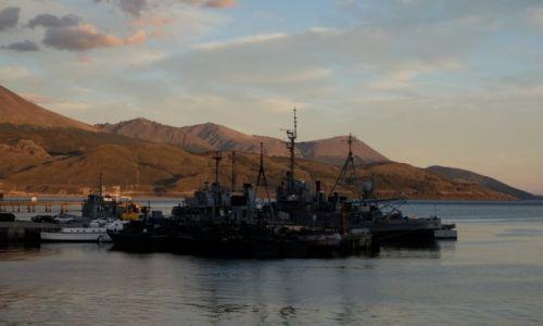 ARGENTYNA / Ushuaia / Ushuaia / Resztki floty Argentyny... I jak tu walczyć o Malwiny?