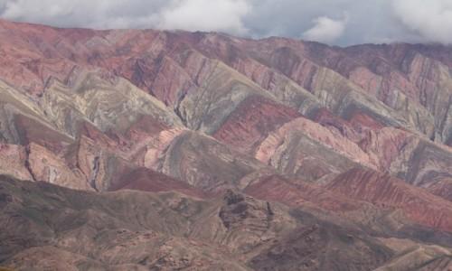 Zdjecie ARGENTYNA / Jujuy / Hornocal / Kolorowanie skał