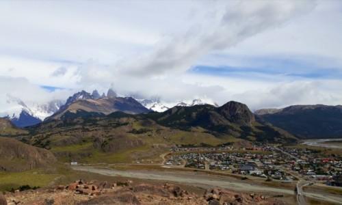 Zdjecie ARGENTYNA / Patagonia / El Chalten  / Panorama El Chalten z masywem Fitz Roya