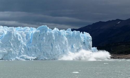 Zdjęcie ARGENTYNA / Patagonia-Park Narodowy Los Glaciares / lodowiec Perito Moreno / Lodowiec się cieli ;)