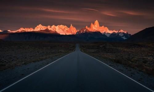 Zdjecie ARGENTYNA / Los Glaciares NP / Patagonia / W płomieniach