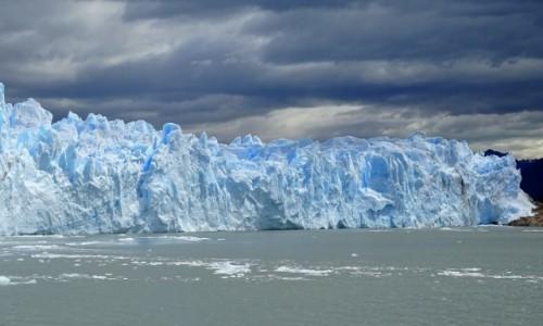 Zdjecie ARGENTYNA / Patagonia-Park Narodowy Los Glaciares / Perito Moreno / W słońcu i w chmurach