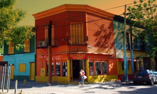 Zdjęcie ARGENTYNA / Buenos Aires / La Boca / spacer z dzieckiem