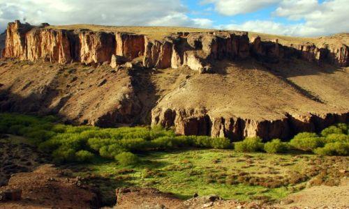 Zdjecie ARGENTYNA / Patagonia  / Cueva de las Manos / kanionowy wawoz, czyli taki mixx