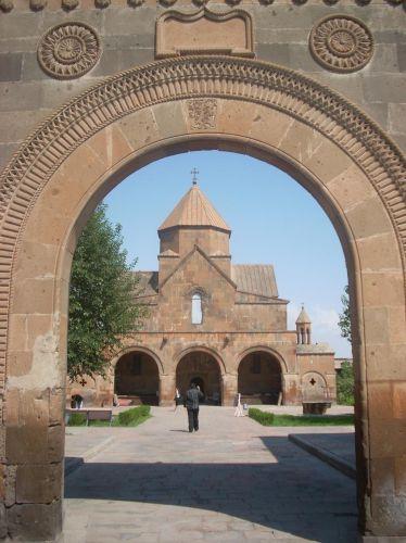 Zdjęcia: Eczmiadzyn tzw. ormianski Watykan, Typowa ormianska architektura, ARMENIA