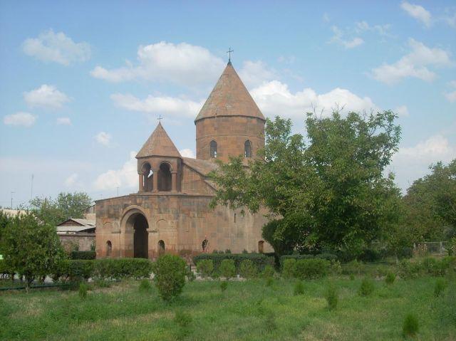 Zdjęcia: Eczmiadzyn tzw. ormianski Watykan, Typowo ormiańsko, ARMENIA
