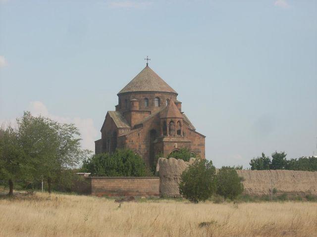 Zdjęcia: Eczmiadzyn tzw. ormianski Watykan, Typowo ormiańsko 2 , ARMENIA