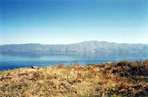 Zdjęcia: okolice miasta Sevan, Jezioro Sevan, ARMENIA