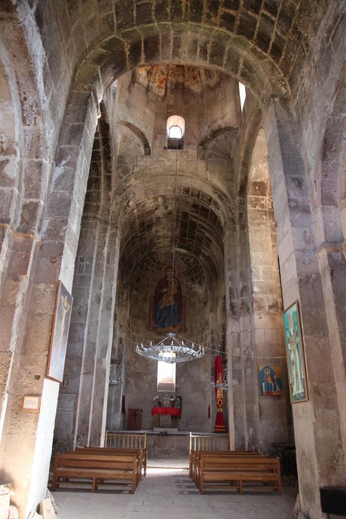 Zdjęcia: Odzun, Alaverdi, Wnętrze kościoła w Odzun V – VIIIw, ARMENIA