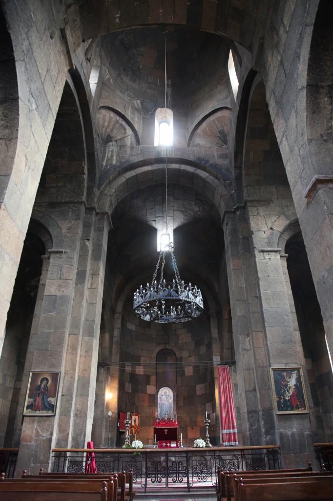 Zdjęcia: Eczmiadzyn, Armavir, Monastyr Św. Gayane, wnętrze, ARMENIA