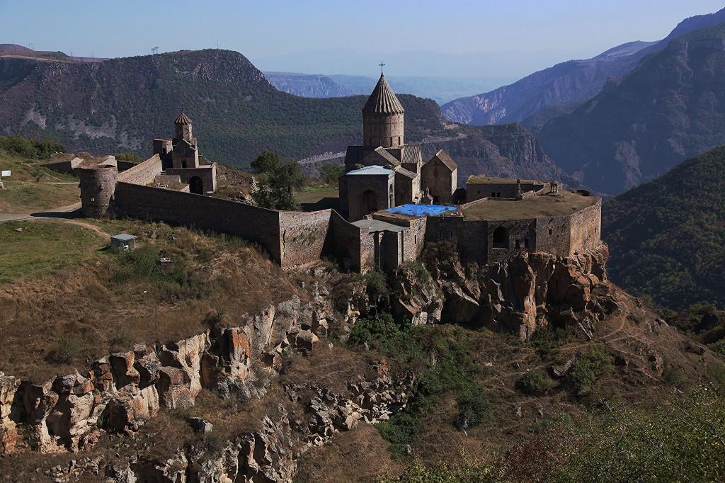 Zdjęcia: Kanion rzeki Vorotan,  Sjunik, Zespół klasztorny Tatew, ARMENIA