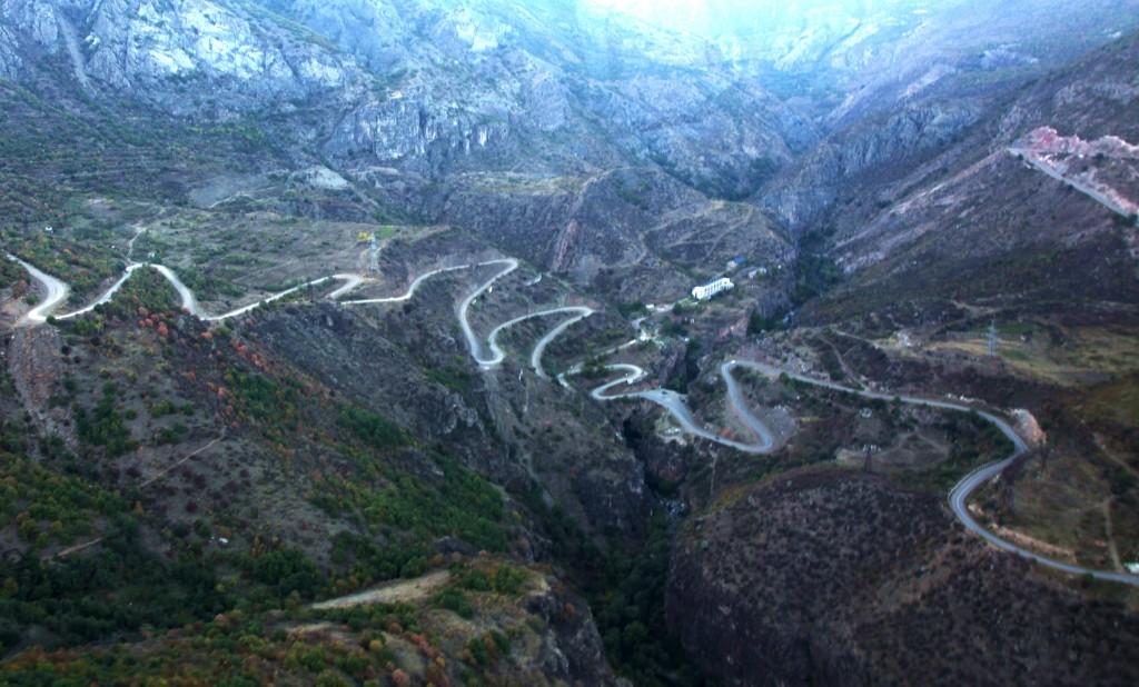 Zdjęcia: Tatev,  Sjunik, Droga do klasztoru Tatev, ARMENIA