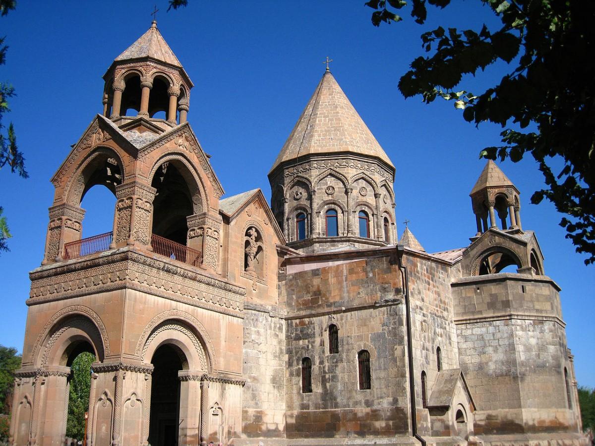 Zdjęcia: Echmiadzin, Echmiadzin,  Klasztor Echmiadzin, ARMENIA