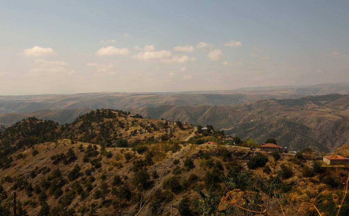 Zdjęcia: Górski Karabach, Arcach, Górskie, na wpół opuszczone wioski..., ARMENIA