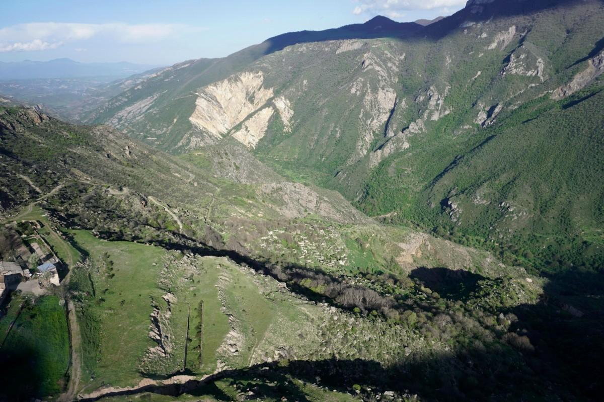 """Zdjęcia: Tatew, Widok z kolei linowej """"Skrzydła Tatewu"""", ARMENIA"""
