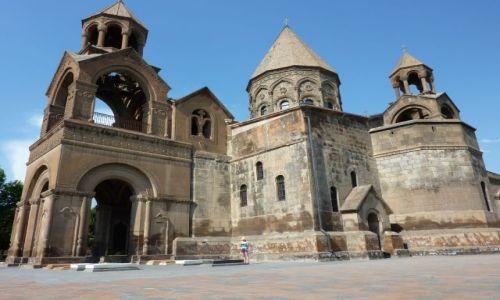 Zdjecie ARMENIA / - / Echmiadzyn / Katedra w Echmiadzynie