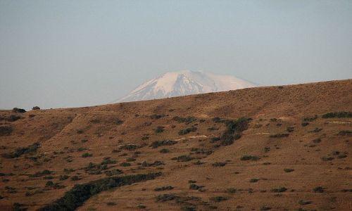 Zdjecie ARMENIA / - / wyżyny Armenii / Ararat, widok z Armenii