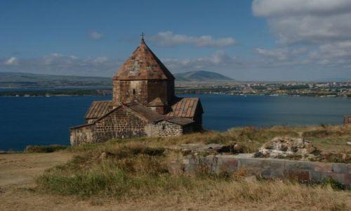 Zdjecie ARMENIA / ormiańskie morze / jezioro Sewan / monastyr Sewana