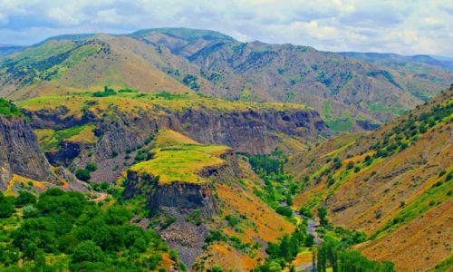 Zdjęcie ARMENIA / Kataik / Garni / Rzeka Azat