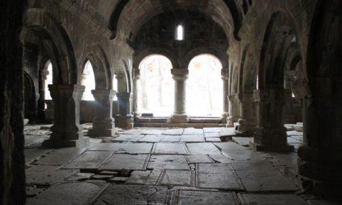 Zdjecie ARMENIA / Aławerdy / Sanahin / Wejście do klasztoru