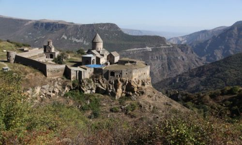 Zdjęcie ARMENIA / Sjunik / Kanion rzeki Vorotan / Klasztor Tatev