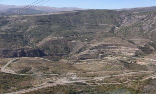 Zdjęcie ARMENIA / Sjunik / Kanion rzeki Vorotan / Droga do klasztoru Tatev