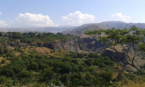 Zdjęcie ARMENIA / Kotajk / Garni / Widok ze świątyni w Garni