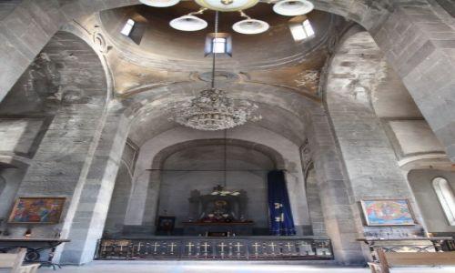 Zdjęcie ARMENIA / Sjunik / Goris / Kościół w Goris, wnętrze