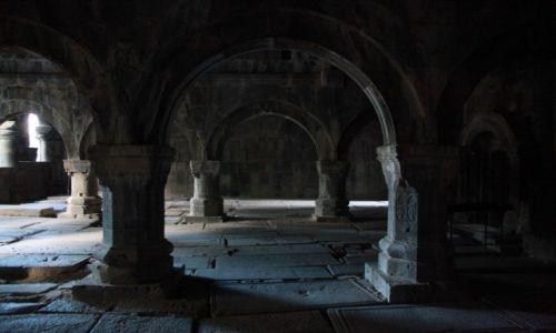 Zdjecie ARMENIA / Lori Marz  / Klasztor w Sanahin / Kunszt kamieniarski