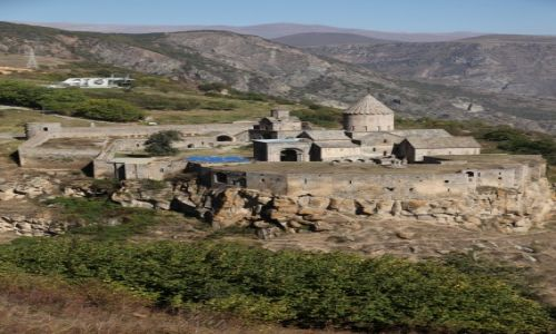 Zdjecie ARMENIA / Sjunik /  Kanion rzeki Vorotan / Zespół klasztorny Tatew