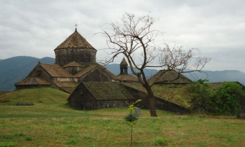 Zdjecie ARMENIA / Lori / Haghbat, okolice Alawerdi / Haghbat (3)