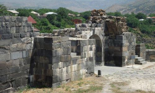 Zdjęcie ARMENIA / Kotajk / Garni / Fragment murów