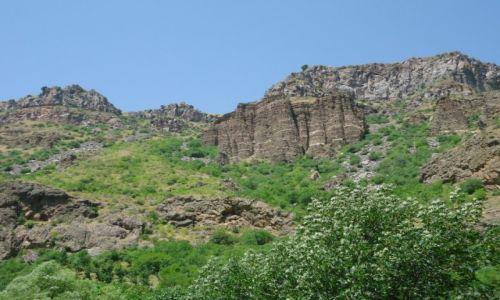 Zdjęcie ARMENIA / Kotajk / Gegard / Dolina Azat