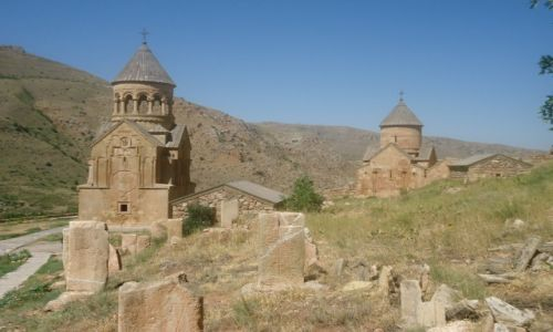 Zdjecie ARMENIA / Vayots Dzor / Norawank / Panorama monastyru