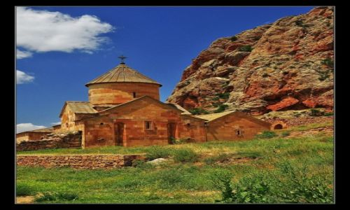 Zdjęcie ARMENIA / Dolina rzeki Amaghu, prowincja Vayots Dzor / Noravank / Klasztor Noravank