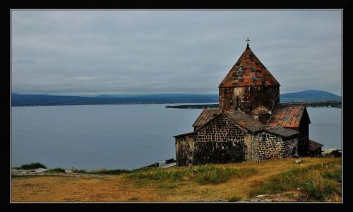 Zdjęcie ARMENIA / prowincja Gegharkunik / Jezioro Sevan / Klasztor