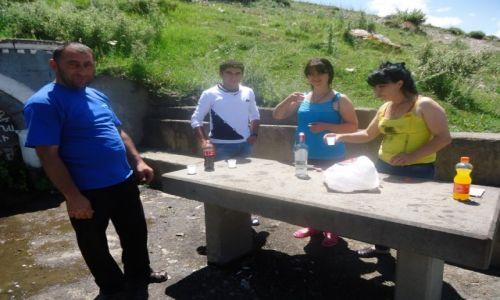 Zdjecie ARMENIA / Vayots Dzor / droga Yegegnadzor - Martuni / Ormiańska gościnność