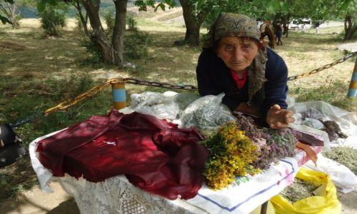 Zdjęcie ARMENIA / Sjunik / Tatev / To są naprawdę dobre zioła ....
