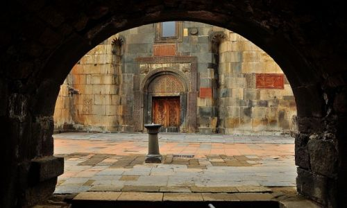 Zdjęcie ARMENIA / prowincja Kotyak / klasztor Geghart / Klasztor