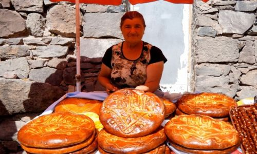 Zdjecie ARMENIA / Erywań / Geghard / Gata