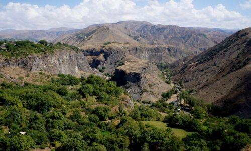 Zdjęcie ARMENIA / prowincja Kotajk / Garni / ... a za świątynią taki widok;)