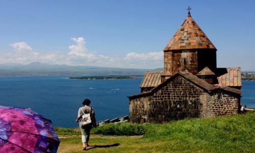 Zdjecie ARMENIA / Prowincja Gegharkunik / Monastyr Sevanavank nad jeziorem Sevan / Monastyr z dobrym widokiem na przyszłość