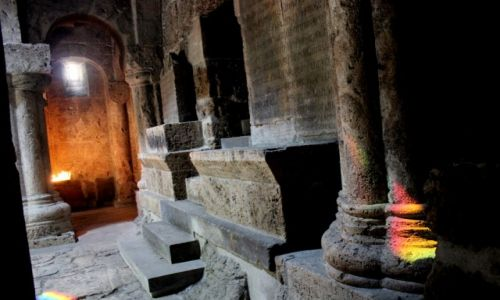 Zdjecie ARMENIA / Prowincja Tavush / Monastyr Haghartsin, Park Narodowy Dilijan / Przestrzeń dla