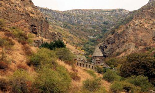 Zdjecie ARMENIA / Kotajk / Geghard / Klasztor wśród skał