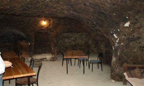 Zdjęcie ARMENIA / Goris / Skalne Miasto - Stary Khandzoresk / mieszkanie w skale