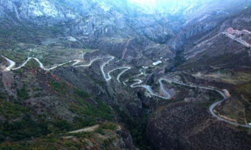 Zdjęcie ARMENIA /  Sjunik / Tatev / Droga do klasztoru Tatev